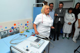 EKG aparat i transportni pulsni oksimetar kupljeni od donacije članova novosadskog ogranka Advokatske komore Vojvodine