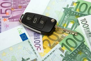 KNF ściga ubezpieczycieli: Droższe OC, ale szybsza wypłata