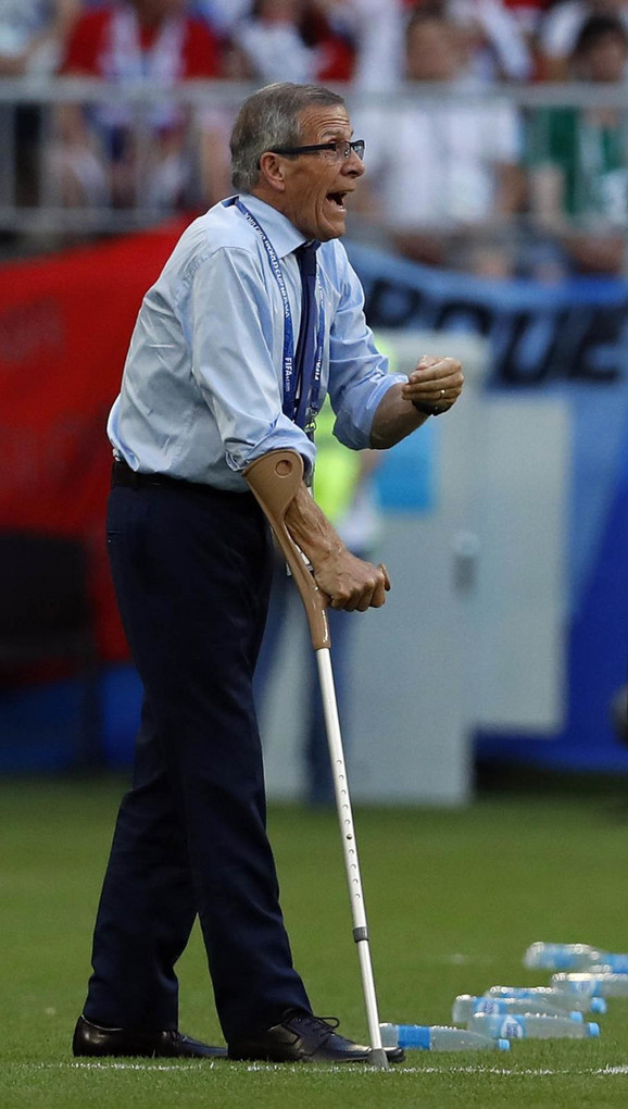 Oskar Tabarez i pored problema sa zdravljem odlično vodi selekciju Urugvaja već 12 godina