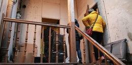 Makabryczne odkrycie w Brzegu. Zwłoki na strychu, a kolejne w mieszkaniu