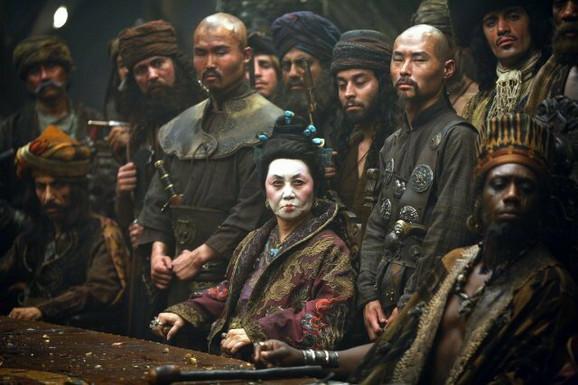 Lik gospodarice Čing i njene posade u filmu
