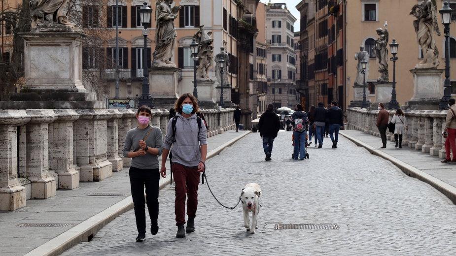 Luzowanie obostrzeń we Włoszech