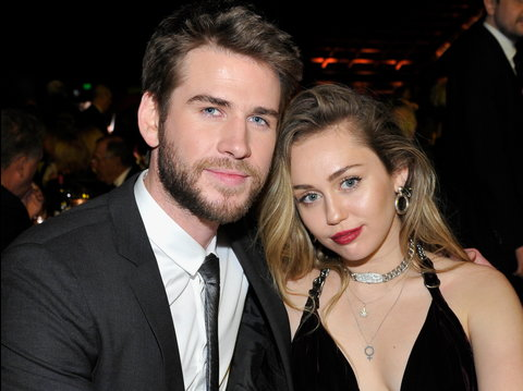However, it didn't take long before speculations of Miley Cyrus cheating on Liam started hitting the Internet. The multi talented star came out to deny the cheating allegations levelled against her.