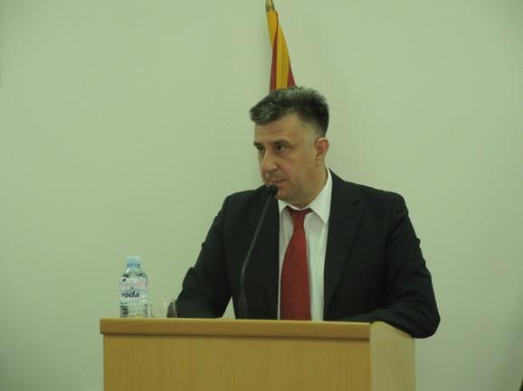 Gradonačelnik  Slobodan Gvozdenović