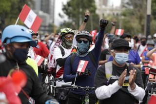 Peru: Tymczasowy prezydent Merino złożył rezygnację po masowych protestach i zamieszkach
