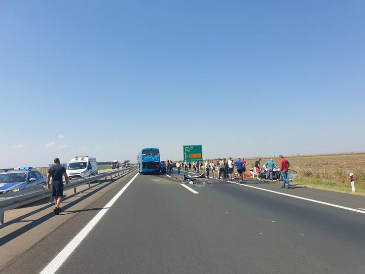 Saobraćajna nesreća, auto-put Novi Sad