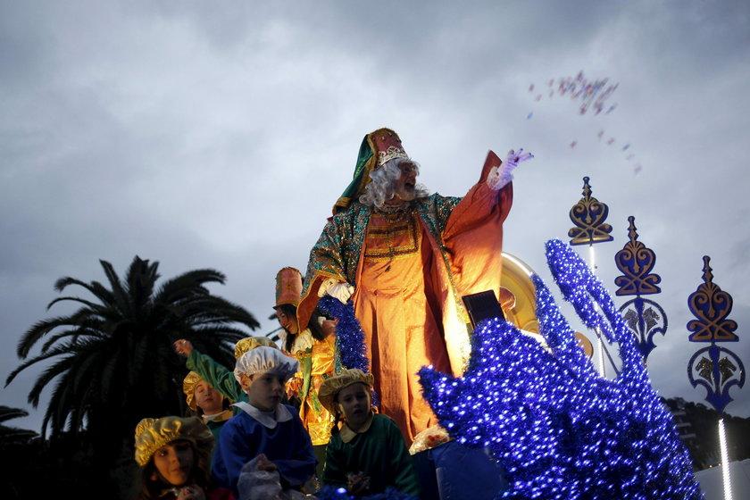 W miastach odbywają się parady z udziałem trzech króli