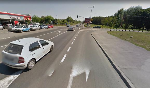 Raskrsnica Trgovačke i Jablaničke ulice