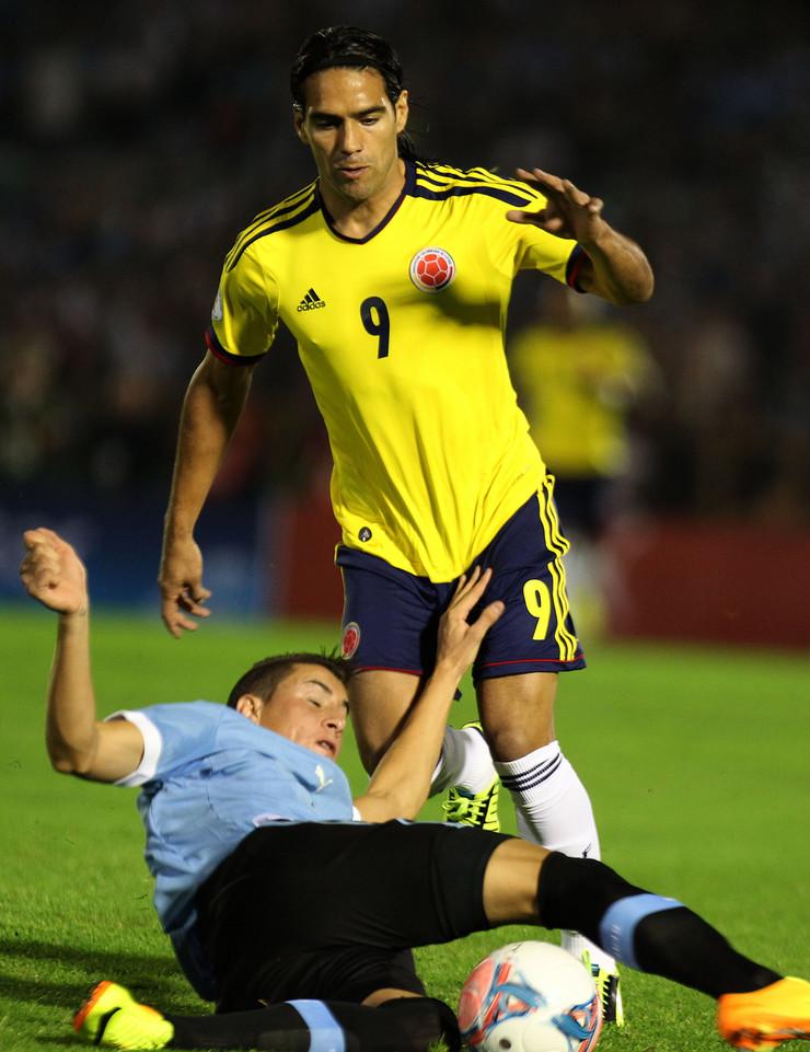 Fudbalska reprezentacija Kolumbije, Fudbalska reprezentacija Urugvaja