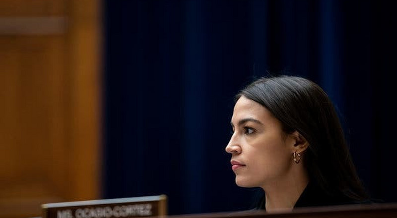 Louisiana police officer on Facebook says Alexandria Ocasio-Cortez 'needs a round'