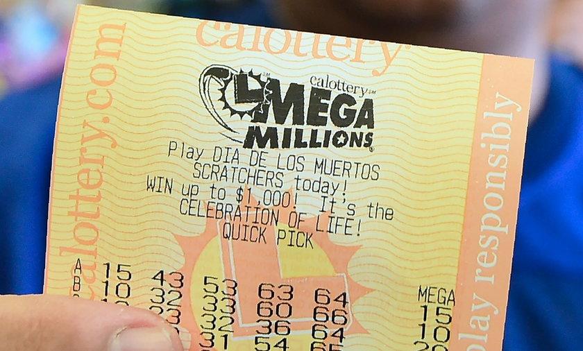 Wygrała miliard dolarów na loterii
