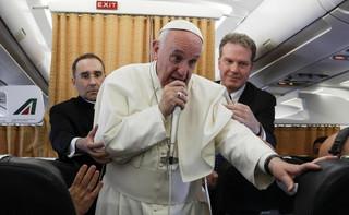 Papież przeprosił za słowa o biskupie z Chile