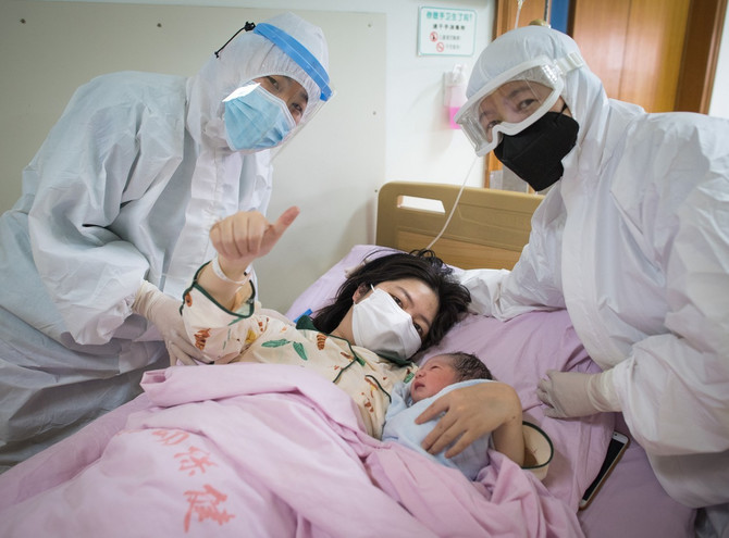 Kako korona virus utiče na trudnice i bebu?