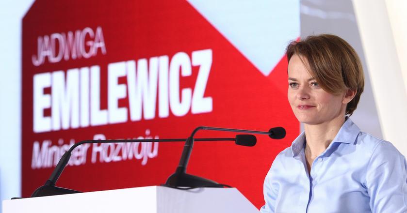 Polityka innowacyjna rządu ma być oparta na czterech filarach: cyfryzacji 4.0; wsparciu kompetencji Polaków; zielonej gospodarce; innowacjach i startupach oraz nowych technologiach.