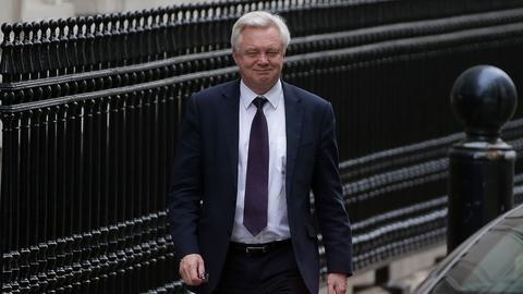 David Davis, minister ds. brexitu przyznał przed komisją parlamentarną, że rząd brytyjski nie ma analiz skutków gospodarczych wyjścia z UE