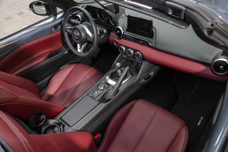 """Mazda MX-5 """"100"""""""