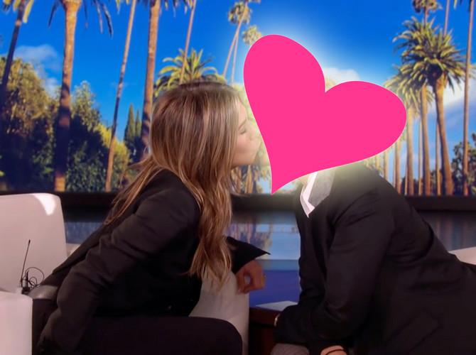 Poljubac o kojem se priča:  Dženifer Aniston i...