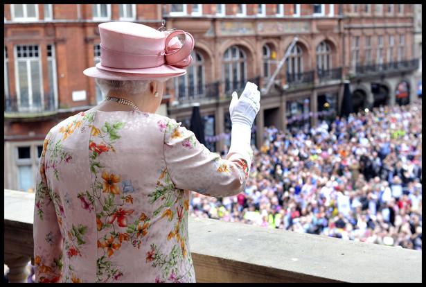 Królowa Elżbieta II w Liverpoolu