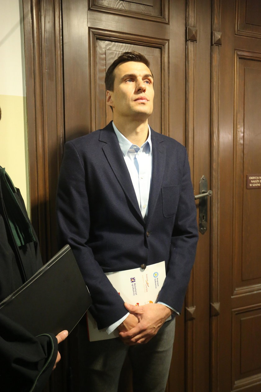 Jarosław Bieniuk w sądzie w Sopocie