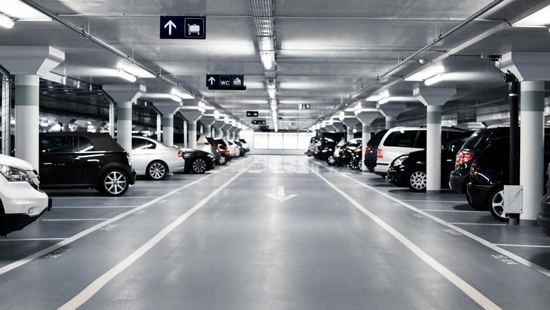 W Warszawie w najbliższych latach ma powstać ok. dziesięciu miejskich parkingów podziemnych