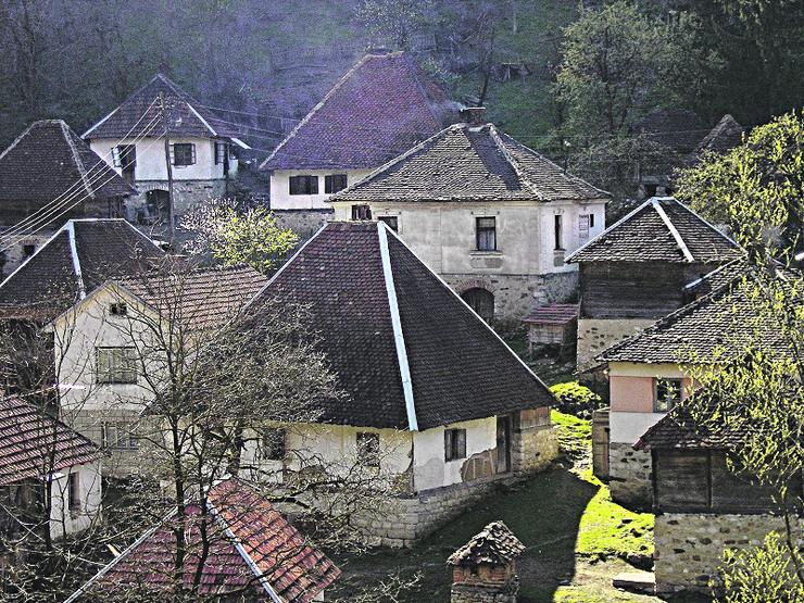 Bebica luka pogled na selo foto privatna arhiva