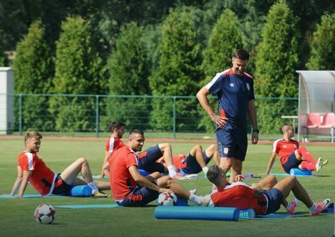 """Mladen Krstajić na treningu """"orlova"""""""