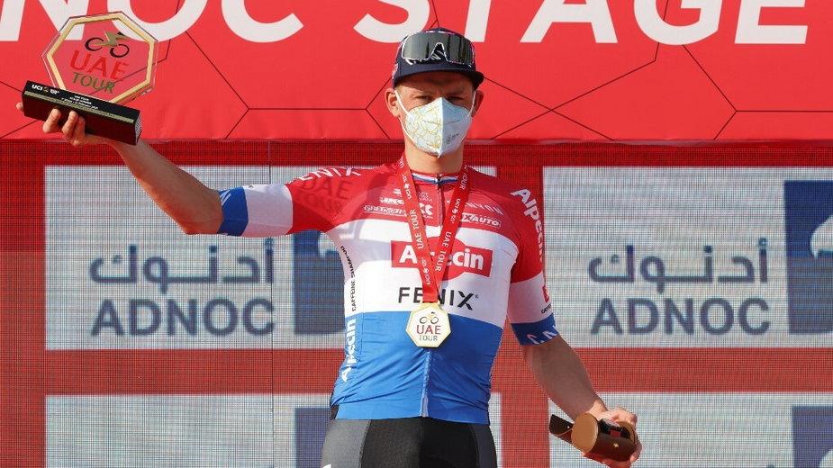 Mathieu Van der Poel zwyciężył pierwszy etap wyścigu UAE Tour