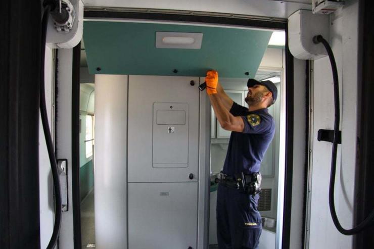 Slovenija, policija, heroin, železničar