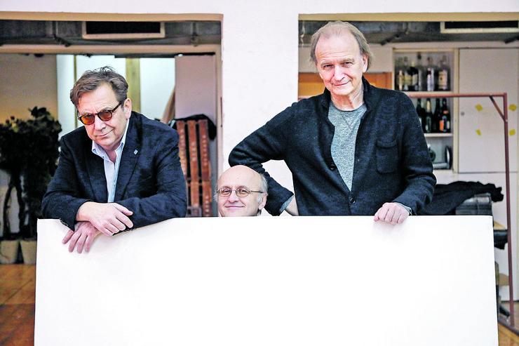 Svetozar Cvetković (Serž), Tihomir Stanić (Mark) i Branislav Zeremski (Ivan) sa famoznom belom slikom