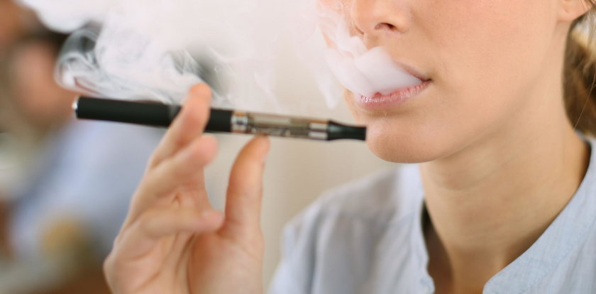 Uwaga! Wykryto szkodliwy związek w e-papierosach