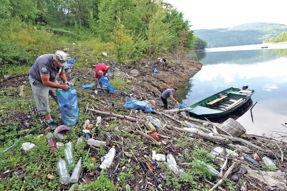 Čišćenje jezera Vrutci