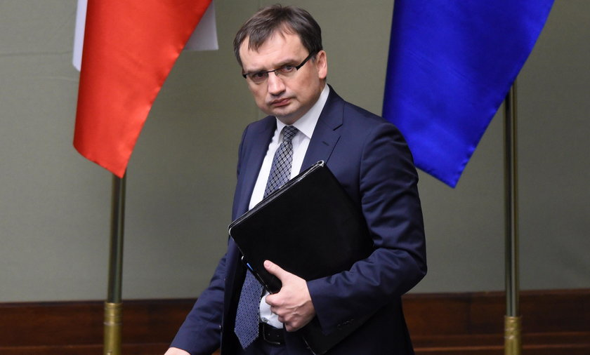 """Ziobro krytykuje zapis ustawy o IPN: """"Niekonstytucyjny!"""""""