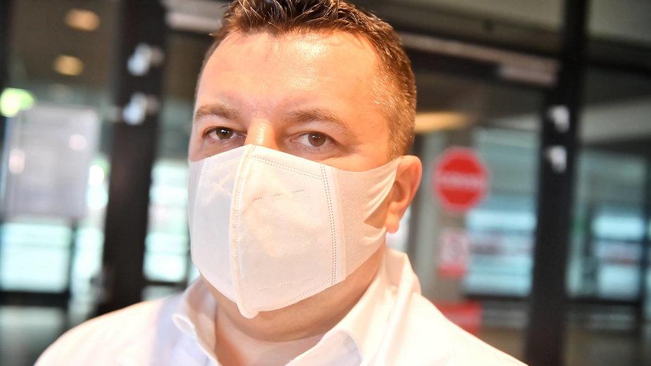 Dyrektor szpitala na Narodowym dr Artur Zaczyński:  My jesteśmy gotowi, tylko szpitale nie zgłaszają do nas problemu