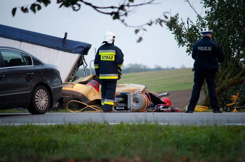 W wypadku pod Słupskiem zginęło pięć młodych osób
