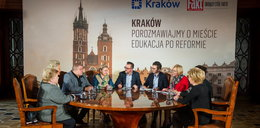 Oświata w Krakowie po reformie. Zdjęcia z debaty