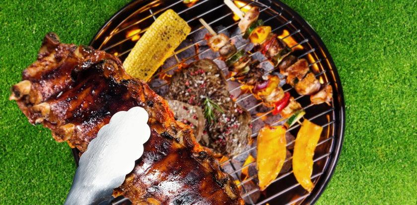 Jak wycziścić grilla? Poznaj najlepsze sposoby!