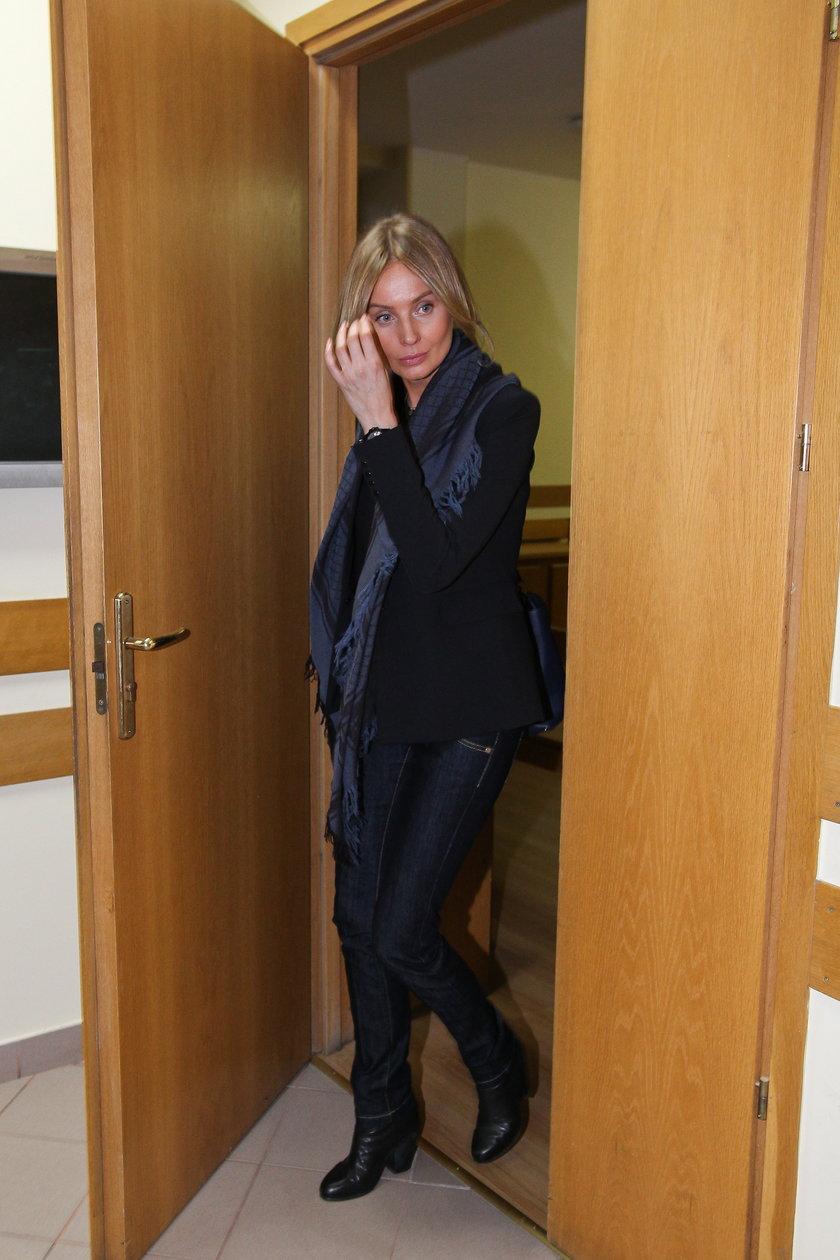 Agnieszka Szulim w sądzie na rozprawie z Dodą