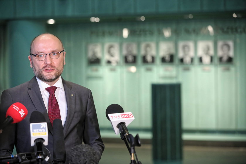 Kamil Zaradkiewicz zaznaczył, że ie może doprowadzić do bezterminowego przedłużania prac