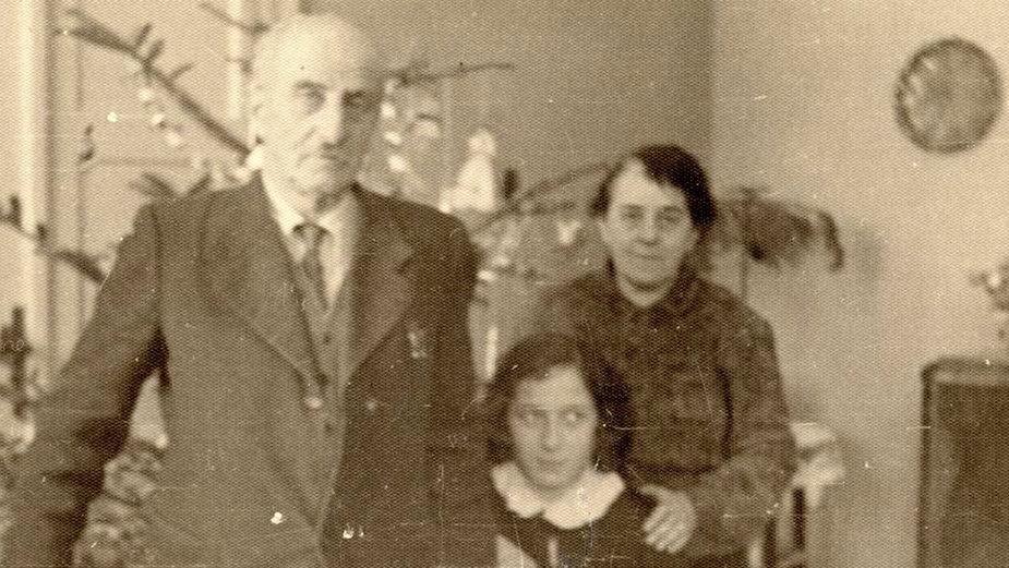 Celina Sunderland z bratem Kazimierzem i jego wnuczką Krystyną Brzechwą, córką Jana Brzechwy