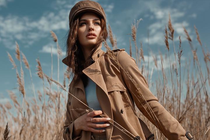 Modne płaszcze na jesień. Trendy 2021