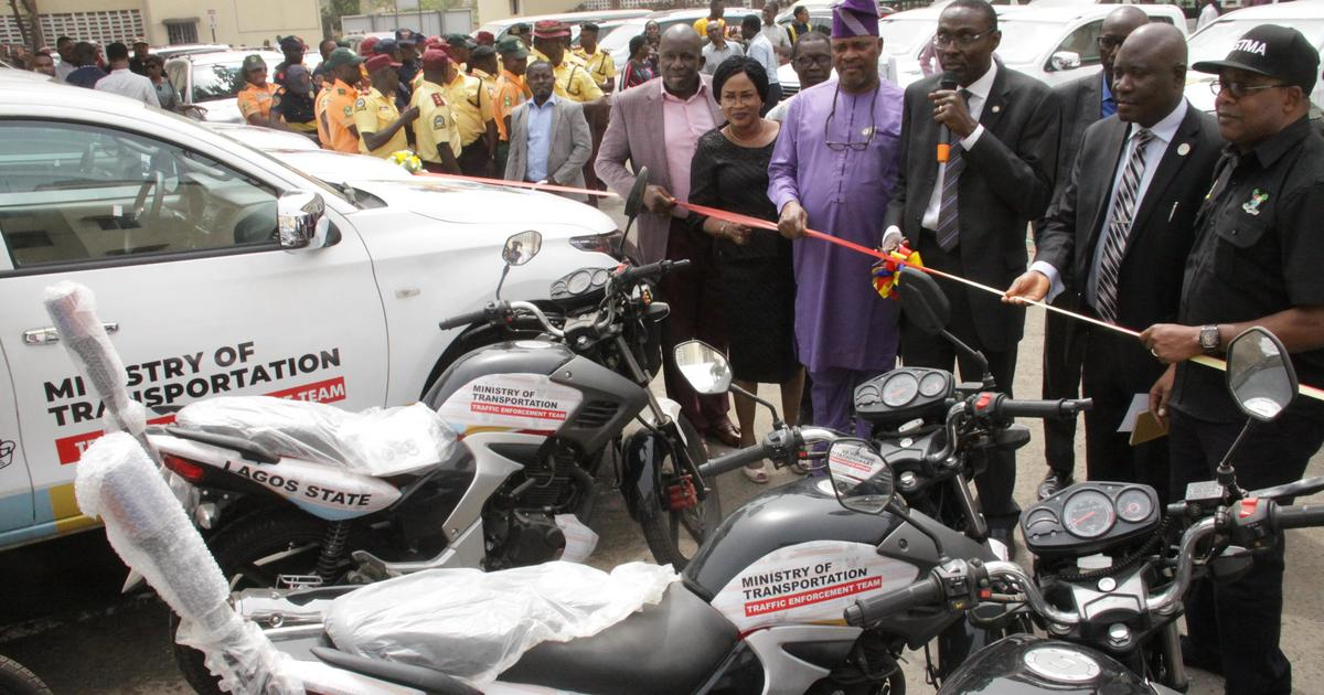 Gridlock: Lagos govt. procures patrol vehicles, motorbikes for traffic managers - Pulse Nigeria