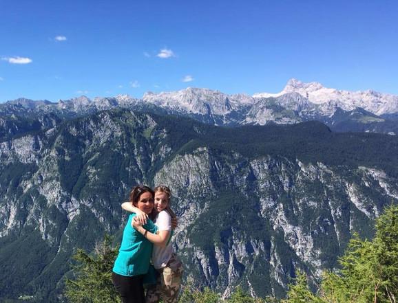 Marija Vujić sa ćerkom