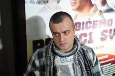 """""""ŽIV SAM, ZDRAV, NORMALAN"""" Sergej se prvi put oglasio nakon što mu je POZLILO NA SCENI i otkrio zašto je bio u bolnici"""