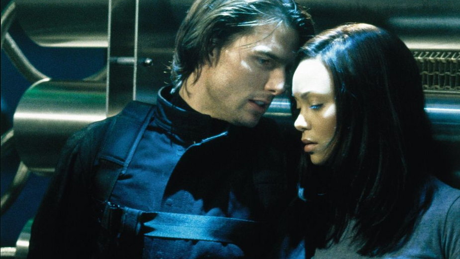 """Tom Cruise i Thandie Newton w filmie """"Mission: Impossible 2"""""""