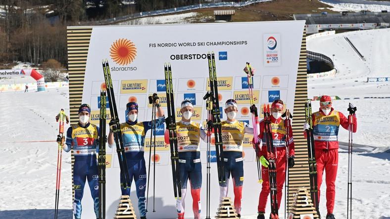 Podium sprintu drużynowego 10 km MŚ w Oberstdorfie Dostawca: PAP/EPA.