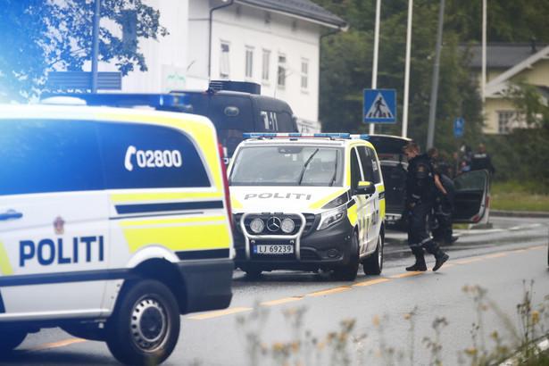 Norwegia. Strzelanina w meczecie na przedmieściach Oslo