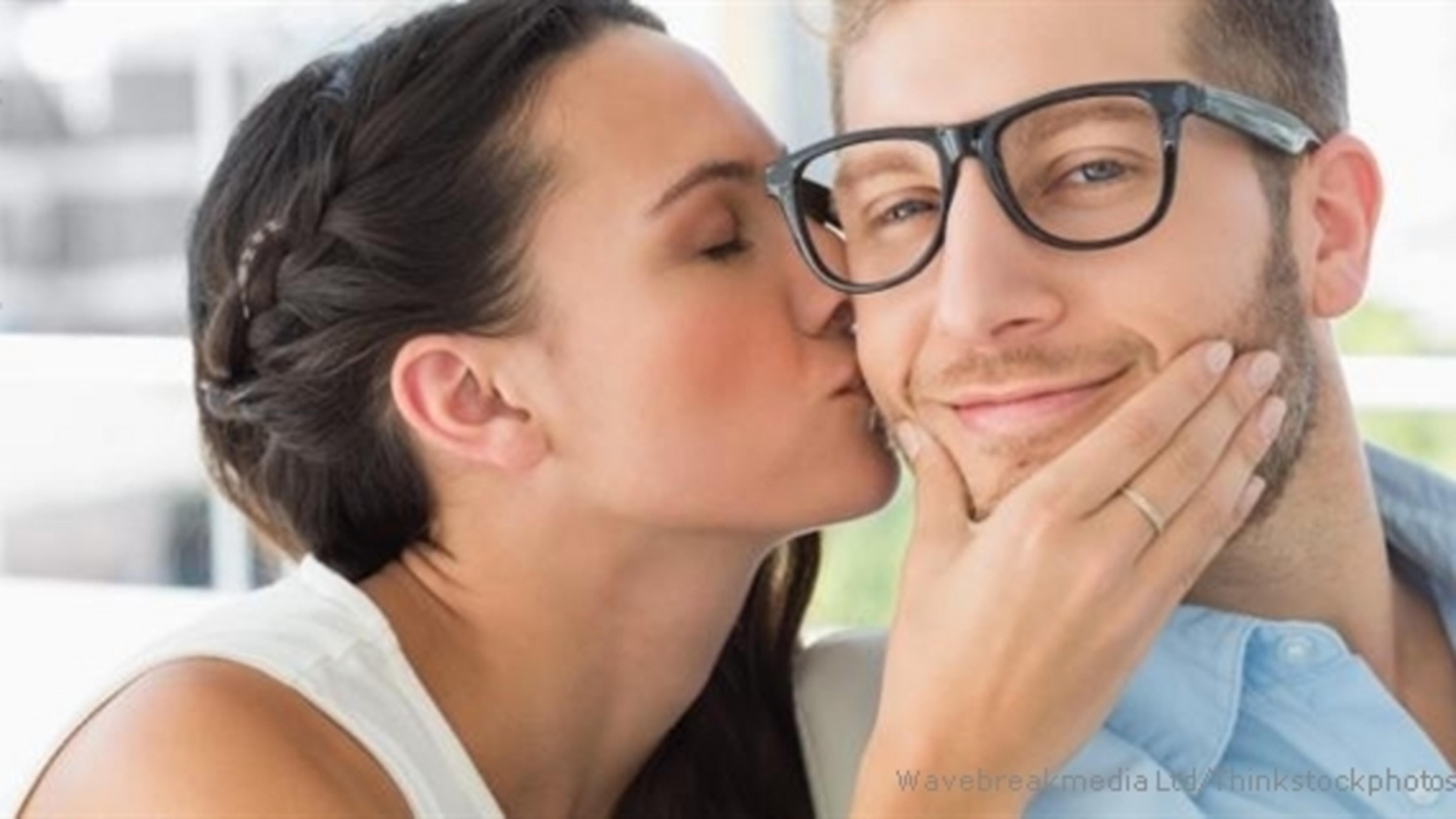 emocjonalna intymność randki chrześcijańskie oficjalnie umawiamy się na zgniłe pomidory