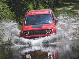 Jeep Renegade 4xe – jedzie z prądem