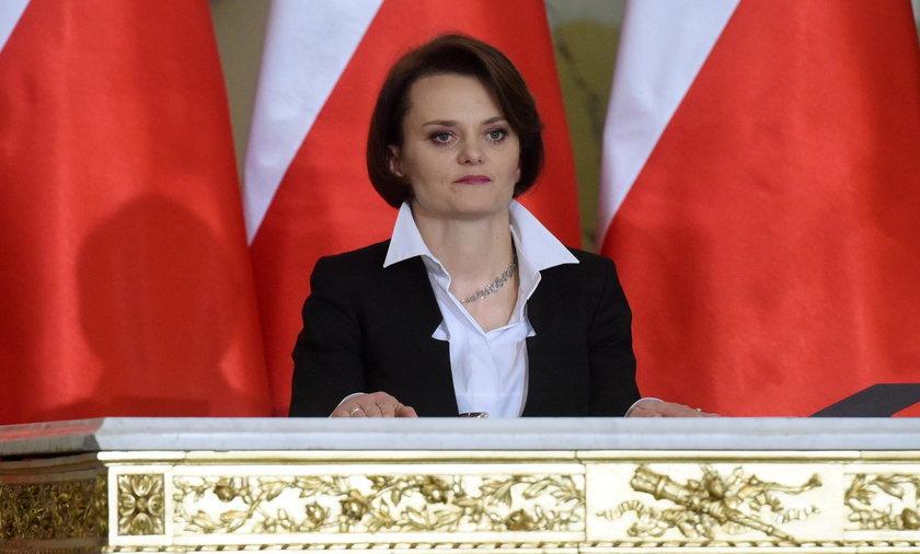 PiS się z wycofał z kontrowersyjnej opłaty. A nowa minister chce ją wprowadzić!