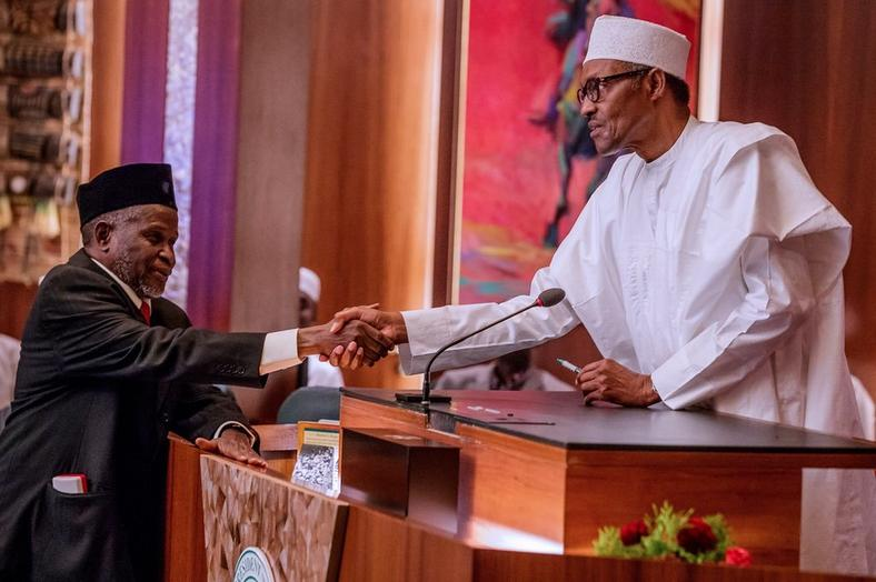 President Buhari suspends Onnoghen, swears in Tanko Mohammed as acting CJN   The Acting CJN, Mohammed swears in 250 chairmen, members of Election Petition Tribunals ZdjktkpTURBXy83YWM3M2Q5N2NhY2YwMmViYWNjMzc4NDU1MjIxYTVlYS5qcGeSlQLNAxQAwsOVAgDNAvjCww